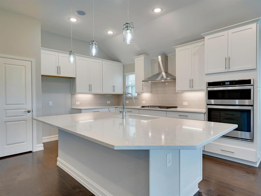 4928 Remington Falls  Drive, Fort Worth, Texas 76244 - acquisto real estate best frisco real estate broker in texas for high net worth buyers