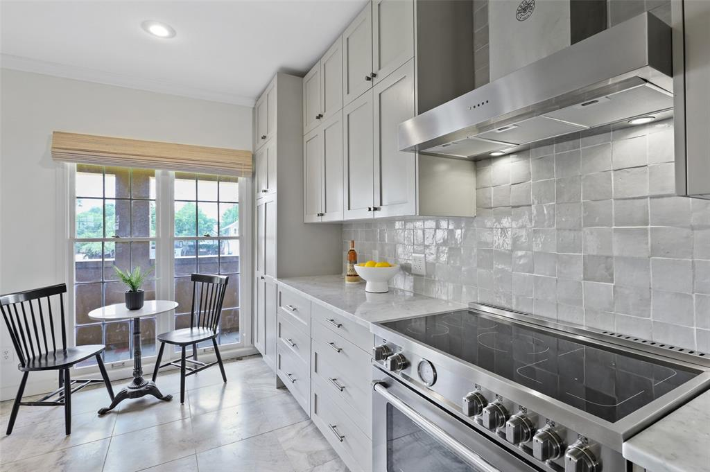 3509 Dickason  Avenue, Dallas, Texas 75219 - acquisto real estate best the colony realtor linda miller the bridges real estate