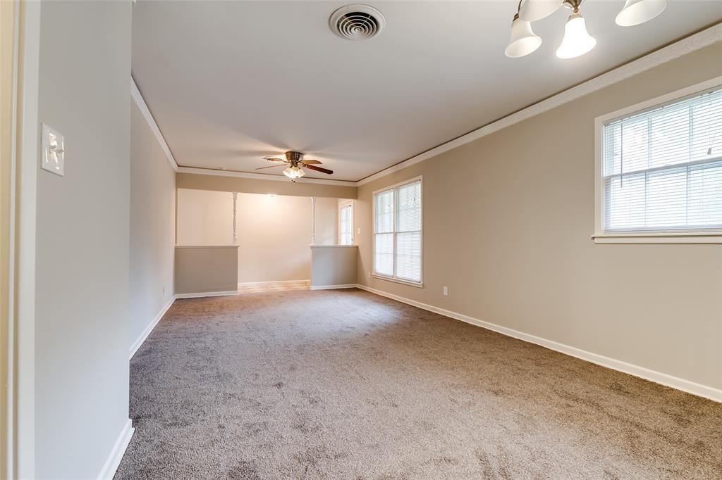 5609 Wimbleton  Way, Fort Worth, Texas 76133 - acquisto real estate best celina realtor logan lawrence best dressed realtor