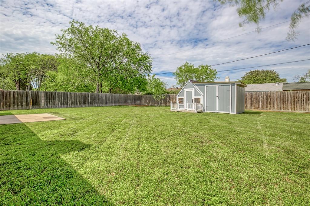 1620 Sandalwood  Drive, Grand Prairie, Texas 75052 - acquisto real estate best style realtor kim miller best real estate reviews dfw
