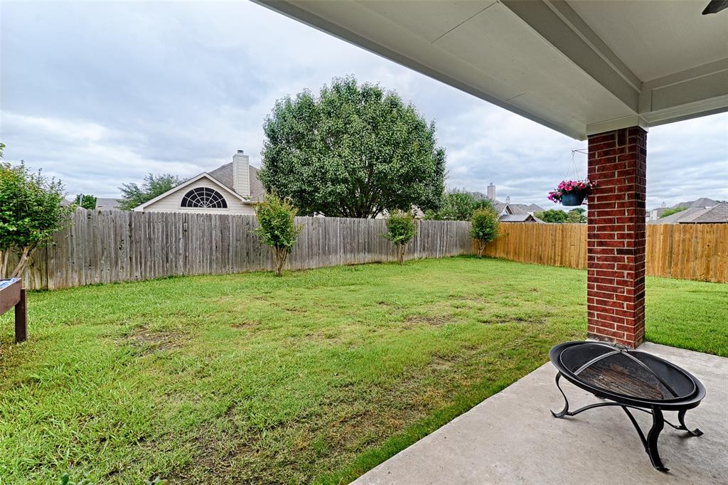 6433 Lakewood  Drive, Sachse, Texas 75048 - acquisto real estate best plano real estate agent mike shepherd