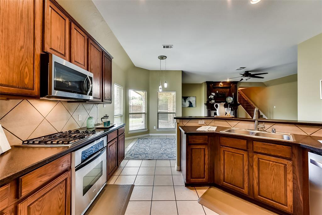 10283 Limbercost  Lane, Frisco, Texas 75035 - acquisto real estate best listing agent in the nation shana acquisto estate realtor
