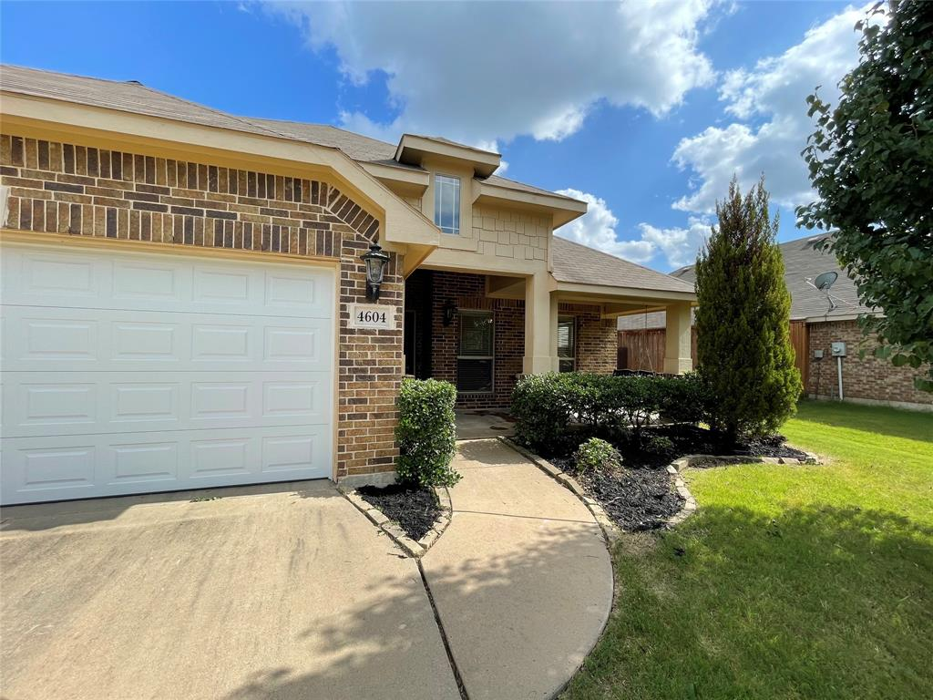 4604 Oakview  Drive, Mansfield, Texas 76063 - Acquisto Real Estate best plano realtor mike Shepherd home owners association expert