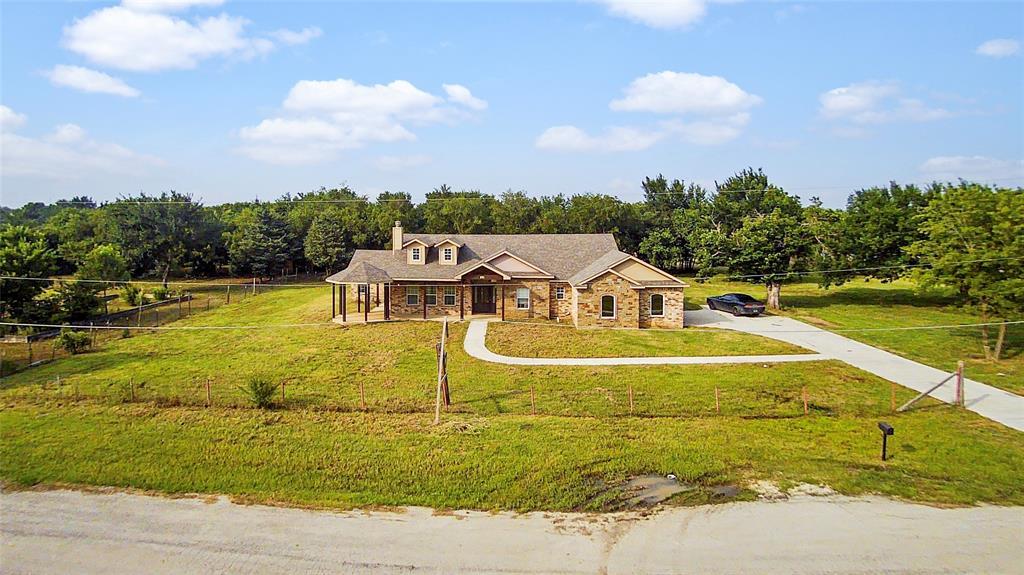 201 Bishop  Street, Alvarado, Texas 76009 - acquisto real estate best allen realtor kim miller hunters creek expert