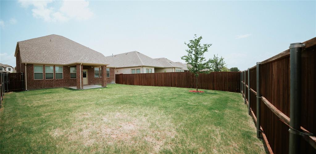 6837 Danridge  Road, Rowlett, Texas 75089 - acquisto real estate best photos for luxury listings amy gasperini quick sale real estate