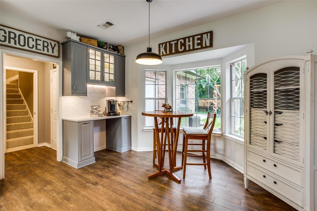 204 Laurel Creek  Drive, Sherman, Texas 75092 - acquisto real estate best luxury buyers agent in texas shana acquisto inheritance realtor