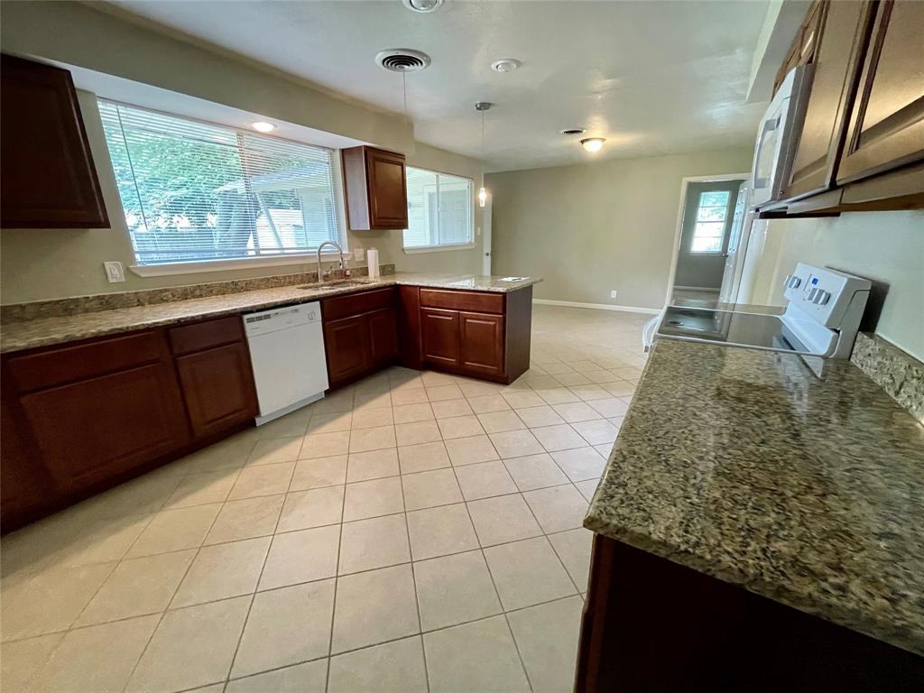 1723 Carlisle  Street, Irving, Texas 75062 - acquisto real estate best prosper realtor susan cancemi windfarms realtor