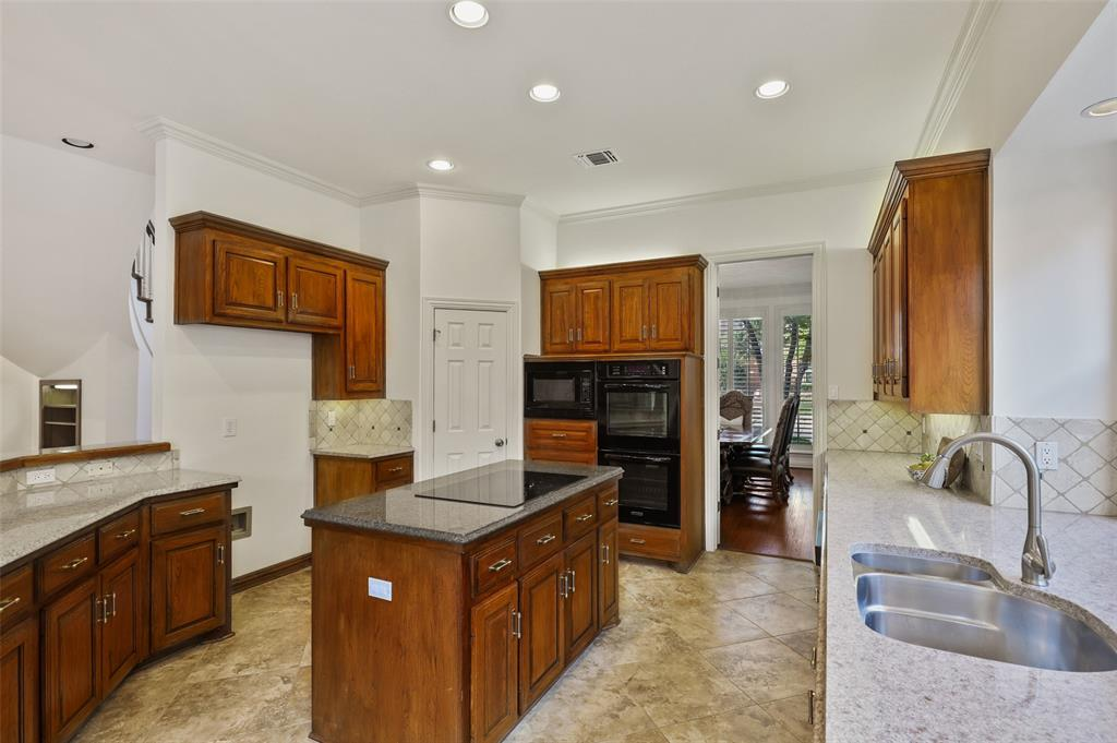 8308 Briar  Drive, Dallas, Texas 75243 - acquisto real estate best new home sales realtor linda miller executor real estate