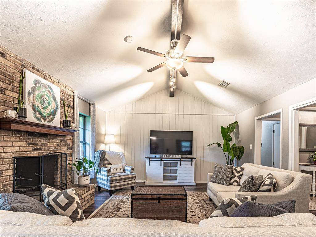 1026 Westminster  Lane, Mansfield, Texas 76063 - acquisto real estate best listing agent in the nation shana acquisto estate realtor