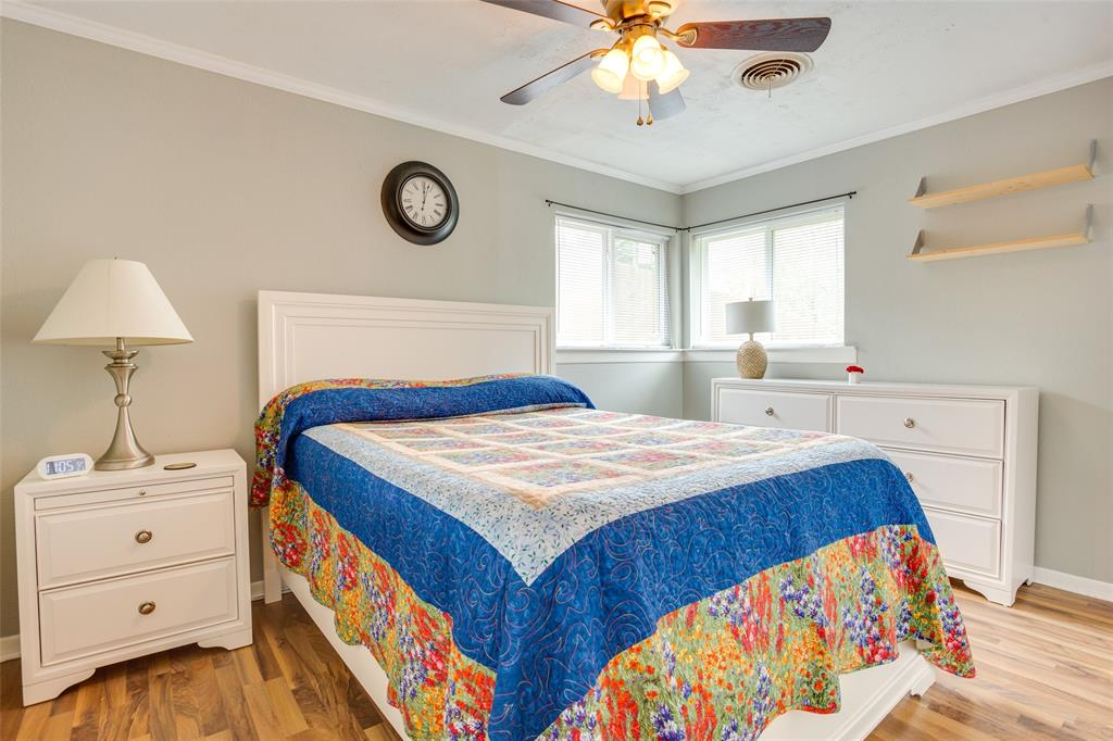 4625 Bonnell  Avenue, Fort Worth, Texas 76107 - acquisto real estate best plano real estate agent mike shepherd