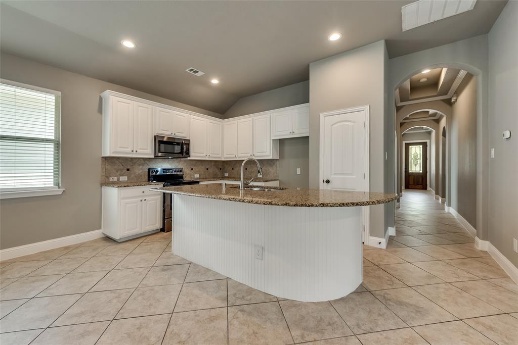 1228 King George  Lane, Savannah, Texas 76227 - Acquisto Real Estate best plano realtor mike Shepherd home owners association expert