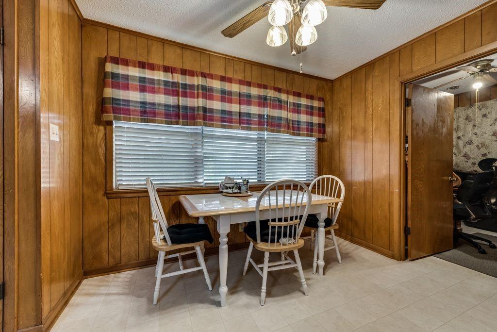 207 Hwy 75  Fairfield, Texas 75840 - acquisto real estate best designer and realtor hannah ewing kind realtor