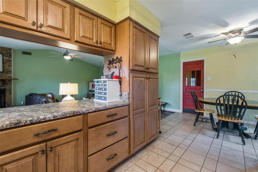 1102 Heiden  Court, Flower Mound, Texas 75028 - acquisto real estate best highland park realtor amy gasperini fast real estate service