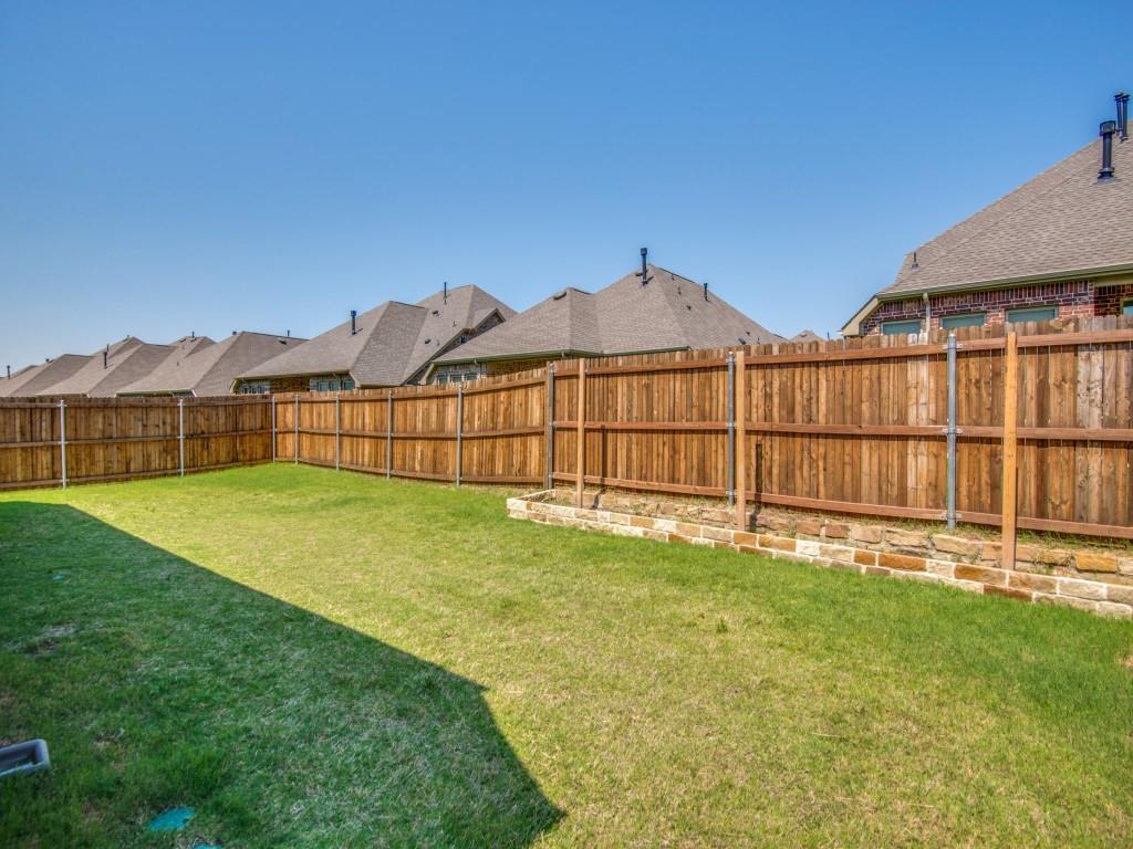 332 Prairie Ridge  Lane, Lewisville, Texas 75056 - acquisto real estate best negotiating realtor linda miller declutter realtor