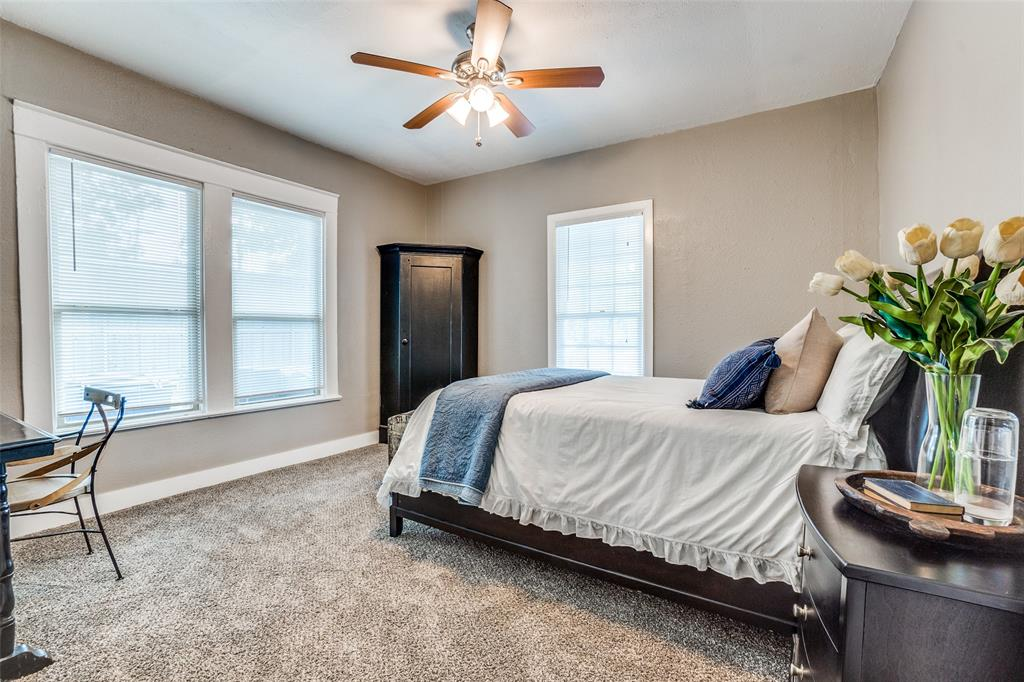810 Elsbeth  Street, Dallas, Texas 75208 - acquisto real estate best investor home specialist mike shepherd relocation expert
