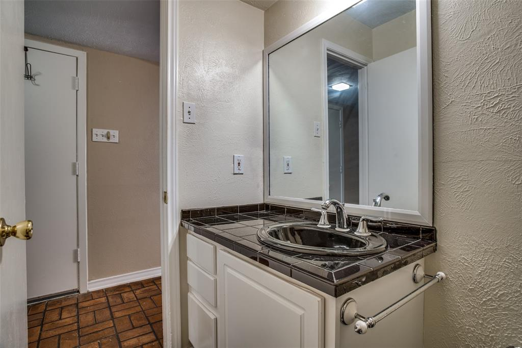 3446 Asbury  Street, University Park, Texas 75205 - acquisto real estate best photos for luxury listings amy gasperini quick sale real estate