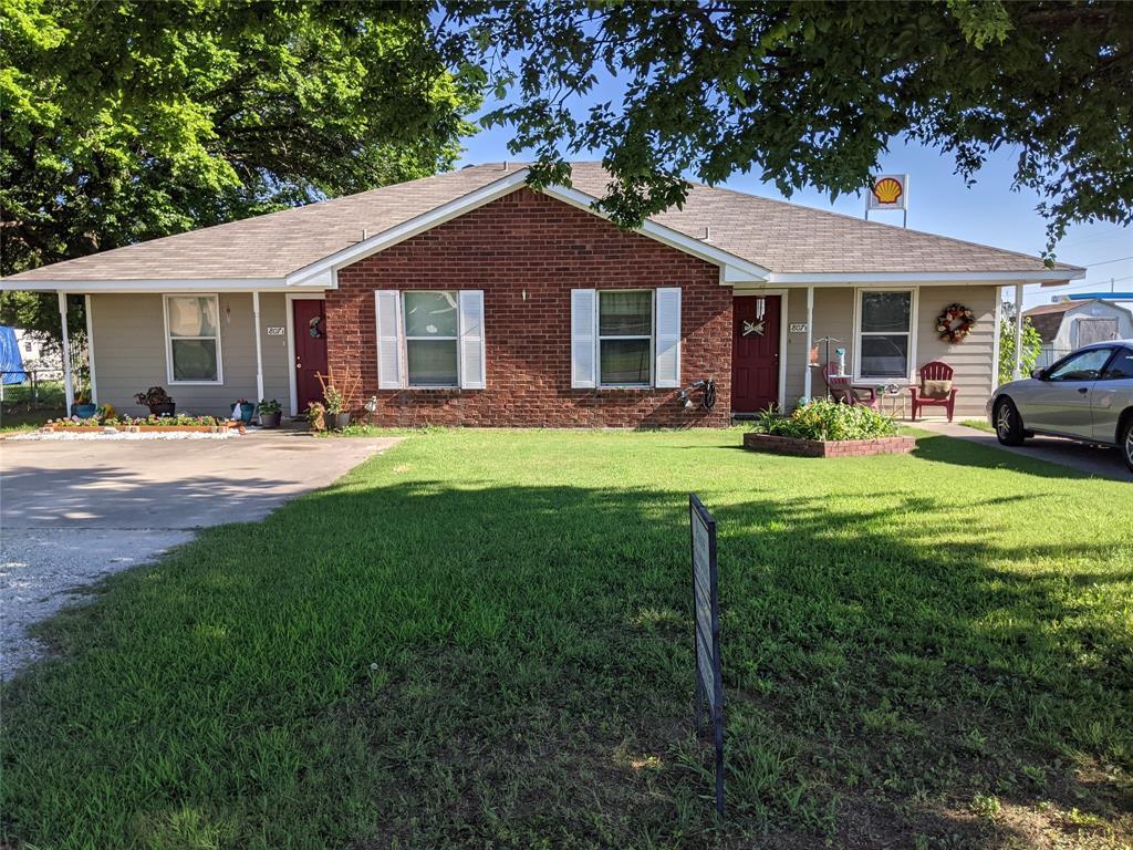807 Lamar  Alvord, Texas 76225 - Acquisto Real Estate best frisco realtor Amy Gasperini 1031 exchange expert