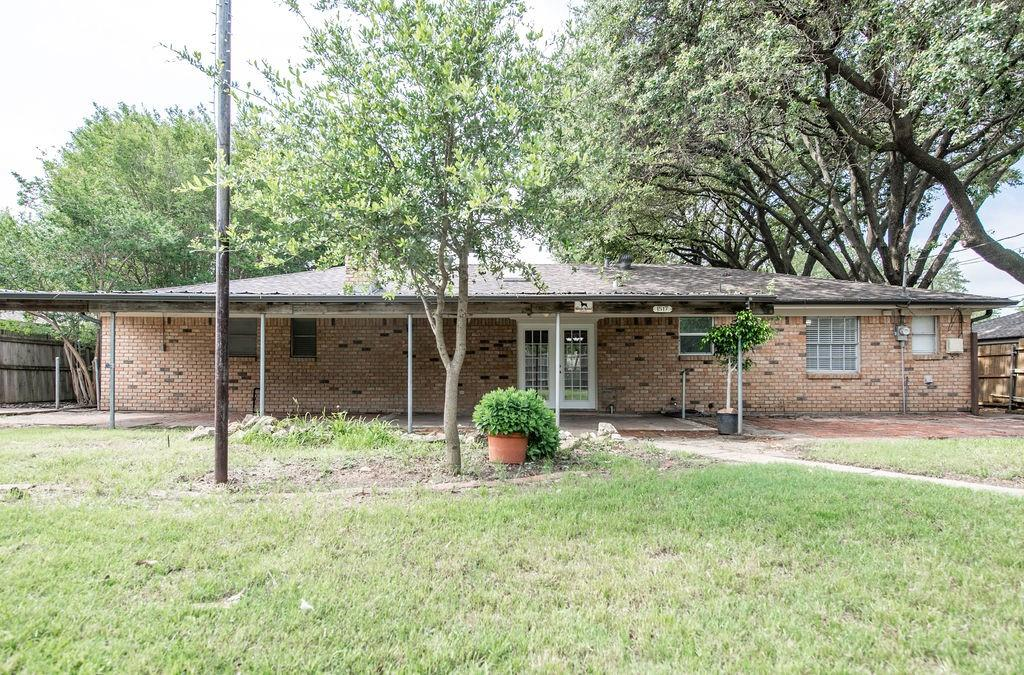 1517 Fernwood  Drive, Plano, Texas 75075 - acquisto real estate best plano real estate agent mike shepherd
