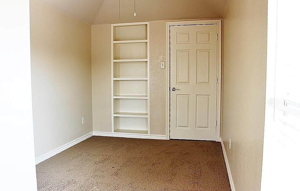 308 Larkspur  Court, Grand Prairie, Texas 75052 - acquisto real estate best style realtor kim miller best real estate reviews dfw