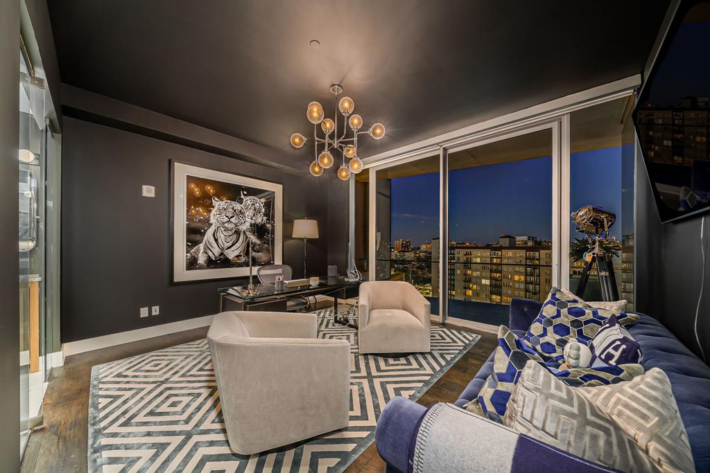 3130 Harwood  Street, Dallas, Texas 75201 - acquisto real estate best real estate company in frisco texas real estate showings