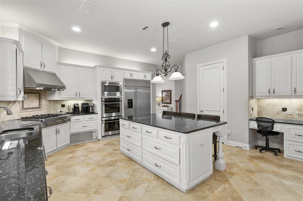 2300 Mockingbird  Lane, Flower Mound, Texas 75022 - acquisto real estate best highland park realtor amy gasperini fast real estate service