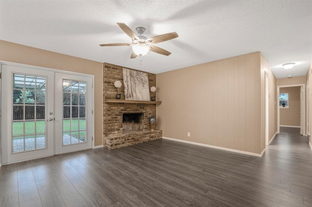 800 Prestwick  Street, Bedford, Texas 76022 - acquisto real estate best flower mound realtor jody daley lake highalands agent of the year