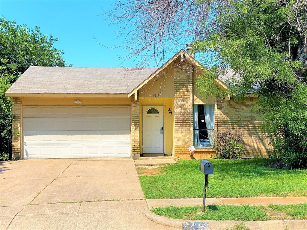 2713 ESCALANTE  Avenue, Fort Worth, Texas 76112 - Acquisto Real Estate best frisco realtor Amy Gasperini 1031 exchange expert