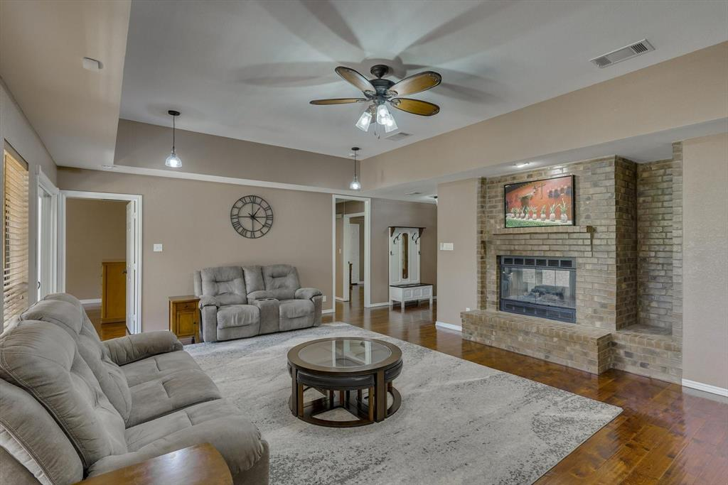 653 Bancroft  Road, Keller, Texas 76248 - acquisto real estate best real estate company to work for