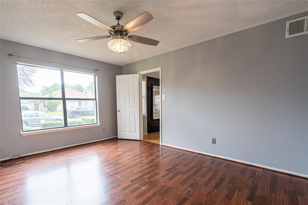 998 Acorn  Drive, Lewisville, Texas 75067 - acquisto real estate best realtor dfw jody daley liberty high school realtor