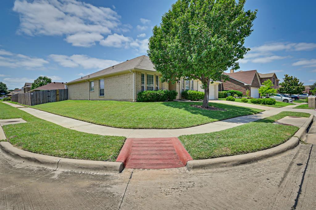 7002 Snowy Owl  Street, Arlington, Texas 76002 - acquisto real estate best allen realtor kim miller hunters creek expert