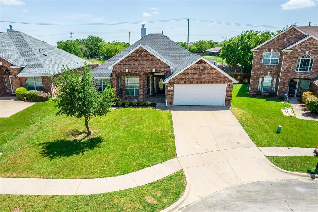 8104 Toltec  Court, Arlington, Texas 76002 - Acquisto Real Estate best plano realtor mike Shepherd home owners association expert