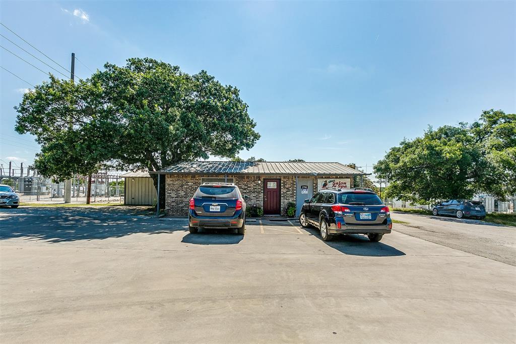 1750 Main  Street, Weatherford, Texas 76085 - Acquisto Real Estate best frisco realtor Amy Gasperini 1031 exchange expert