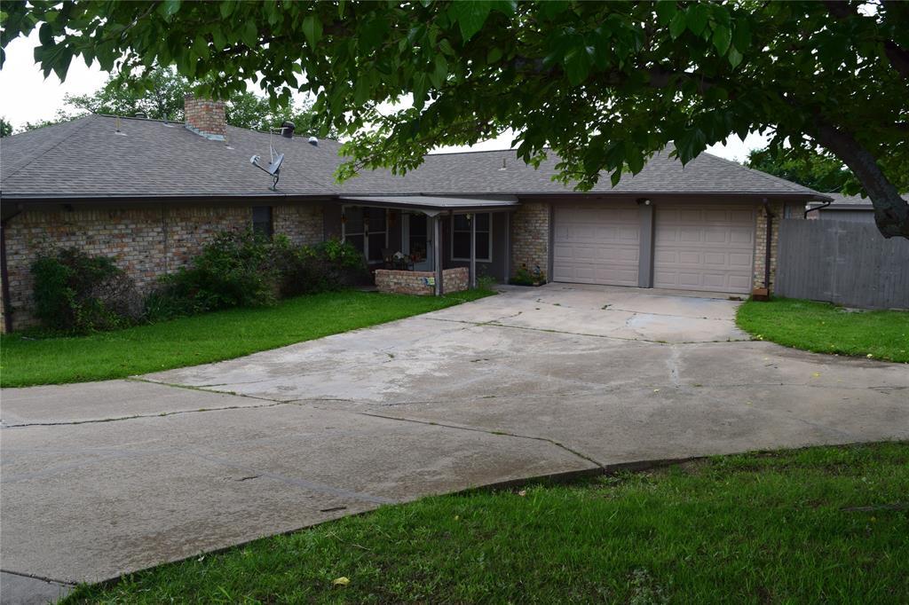 5917 Sycamore Creek  Road, Edgecliff Village, Texas 76134 - acquisto real estate best prosper realtor susan cancemi windfarms realtor