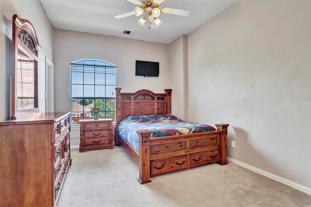 1601 Bryce Canyon  Lane, Allen, Texas 75002 - acquisto real estate best designer and realtor hannah ewing kind realtor