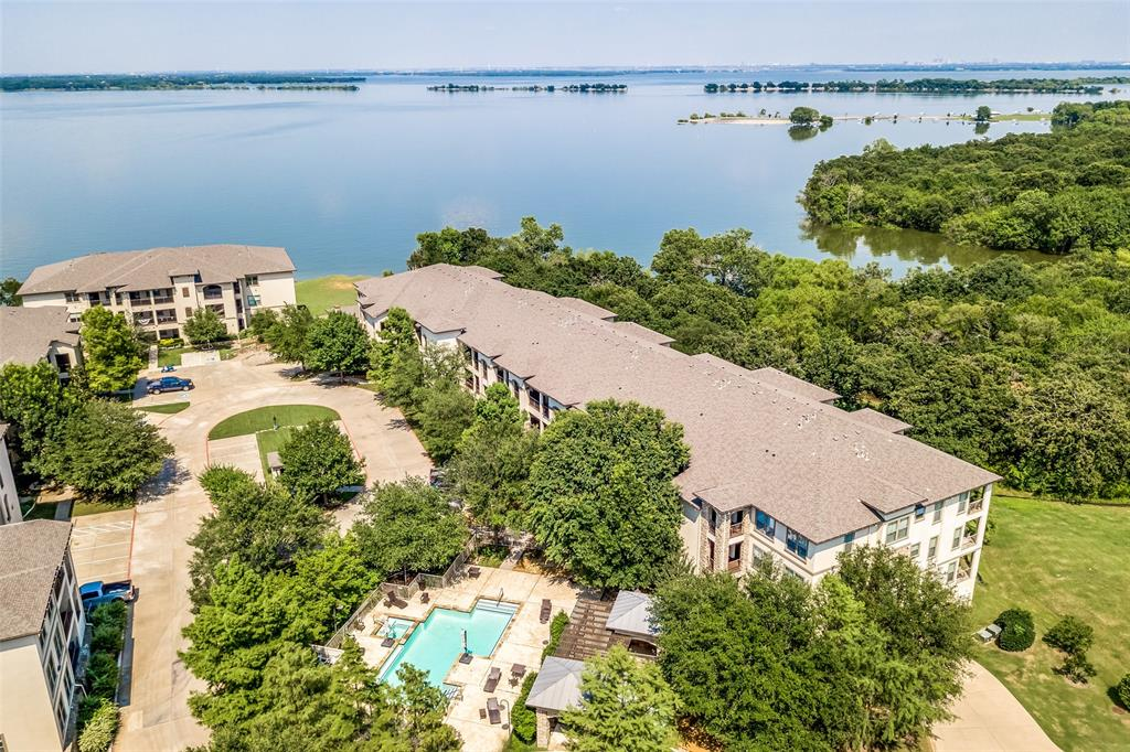 500 Waters Edge  Drive, Lake Dallas, Texas 75065 - acquisto real estate best realtor dallas texas linda miller agent for cultural buyers