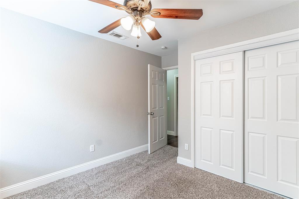 4205 Whitman  Lane, Grand Prairie, Texas 75052 - acquisto real estate smartest realtor in america shana acquisto