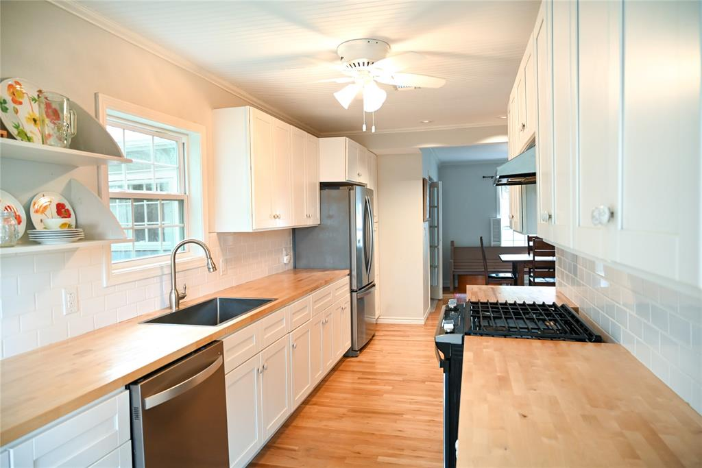 136 Umphress  Street, Van Alstyne, Texas 75495 - acquisto real estate best luxury buyers agent in texas shana acquisto inheritance realtor