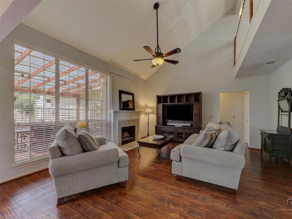 2121 Lansdown  Drive, Carrollton, Texas 75010 - acquisto real estate best celina realtor logan lawrence best dressed realtor