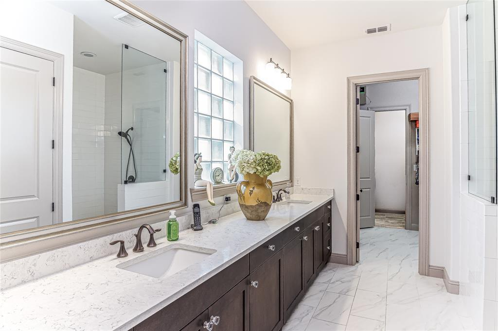 5613 Port Vale  Drive, McKinney, Texas 75071 - acquisto real estaet best boutique real estate firm in texas for high net worth sellers