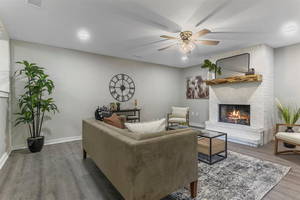 212 5th  Street, Weatherford, Texas 76086 - Acquisto Real Estate best frisco realtor Amy Gasperini 1031 exchange expert