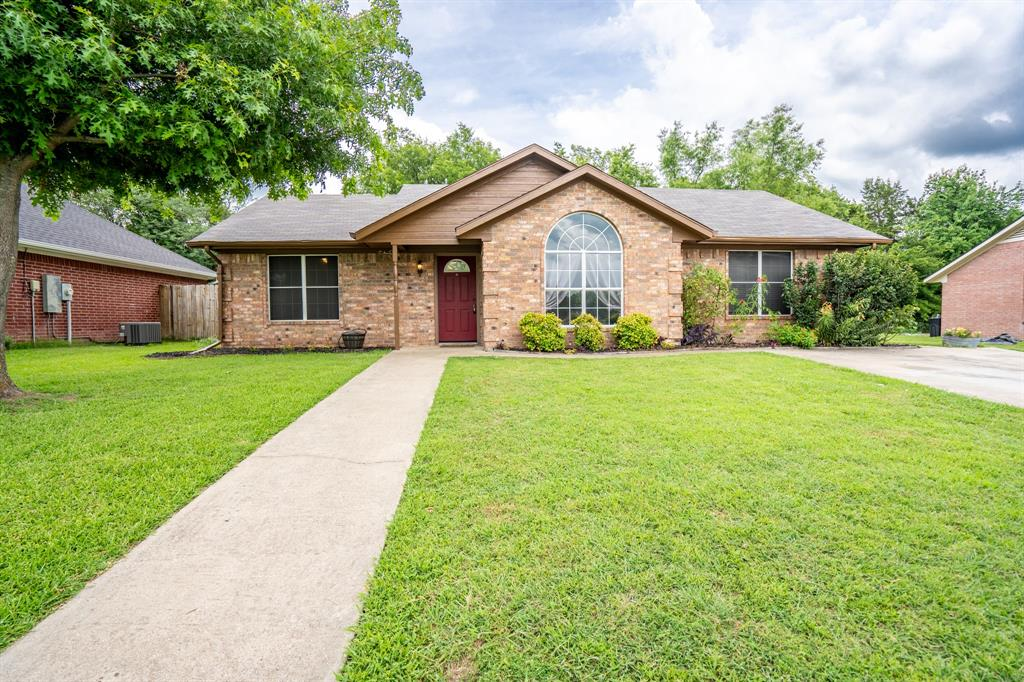 1015 Solomon  Drive, Commerce, Texas 75428 - Acquisto Real Estate best frisco realtor Amy Gasperini 1031 exchange expert