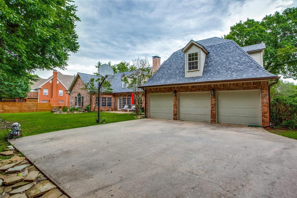 204 Laurel Creek  Drive, Sherman, Texas 75092 - acquisto real estate best park cities realtor kim miller best staging agent