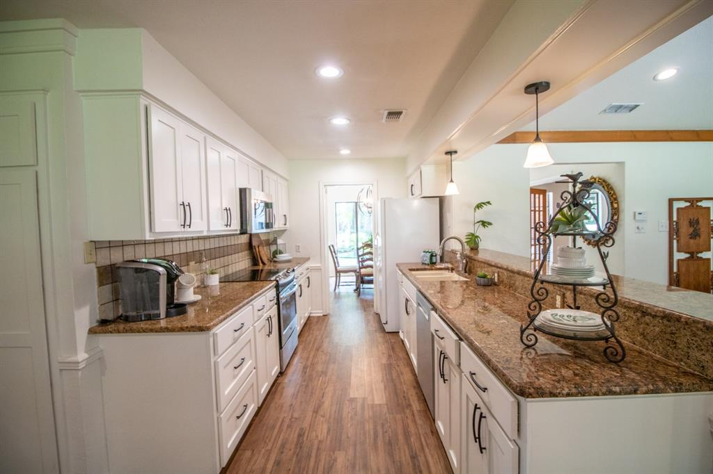 645 Hide A Way  Lane, Hideaway, Texas 75771 - acquisto real estate best new home sales realtor linda miller executor real estate