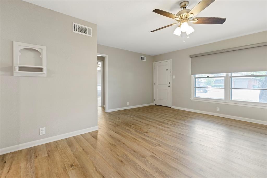 1703 College  Street, Sherman, Texas 75092 - acquisto real estate best allen realtor kim miller hunters creek expert