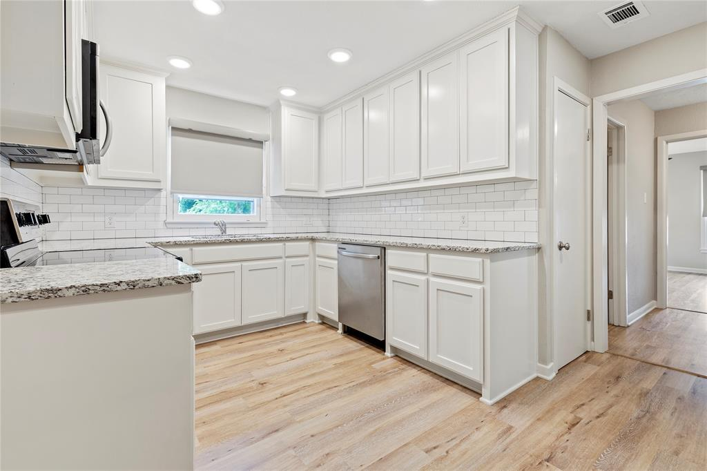 1703 College  Street, Sherman, Texas 75092 - acquisto real estate best real estate company in frisco texas real estate showings