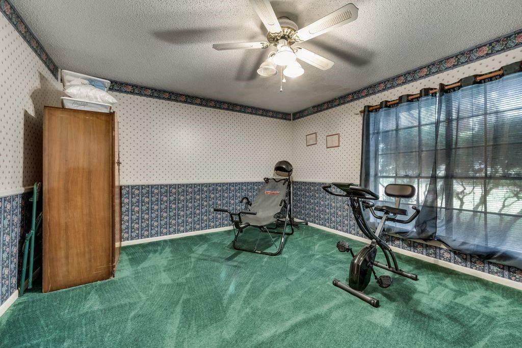 207 Hwy 75  Fairfield, Texas 75840 - acquisto real estate best negotiating realtor linda miller declutter realtor
