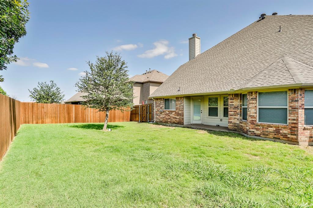 1412 Mesa Flats  Drive, Fort Worth, Texas 76052 - acquisto real estate best negotiating realtor linda miller declutter realtor
