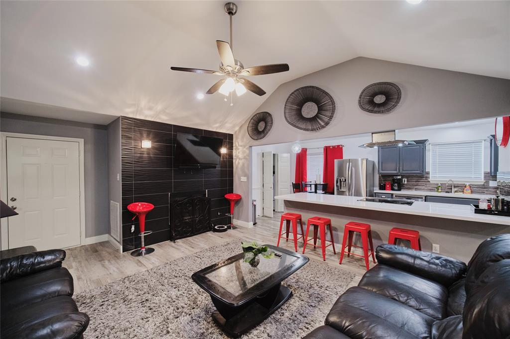 814 Springfield  Drive, Cedar Hill, Texas 75104 - Acquisto Real Estate best mckinney realtor hannah ewing stonebridge ranch expert