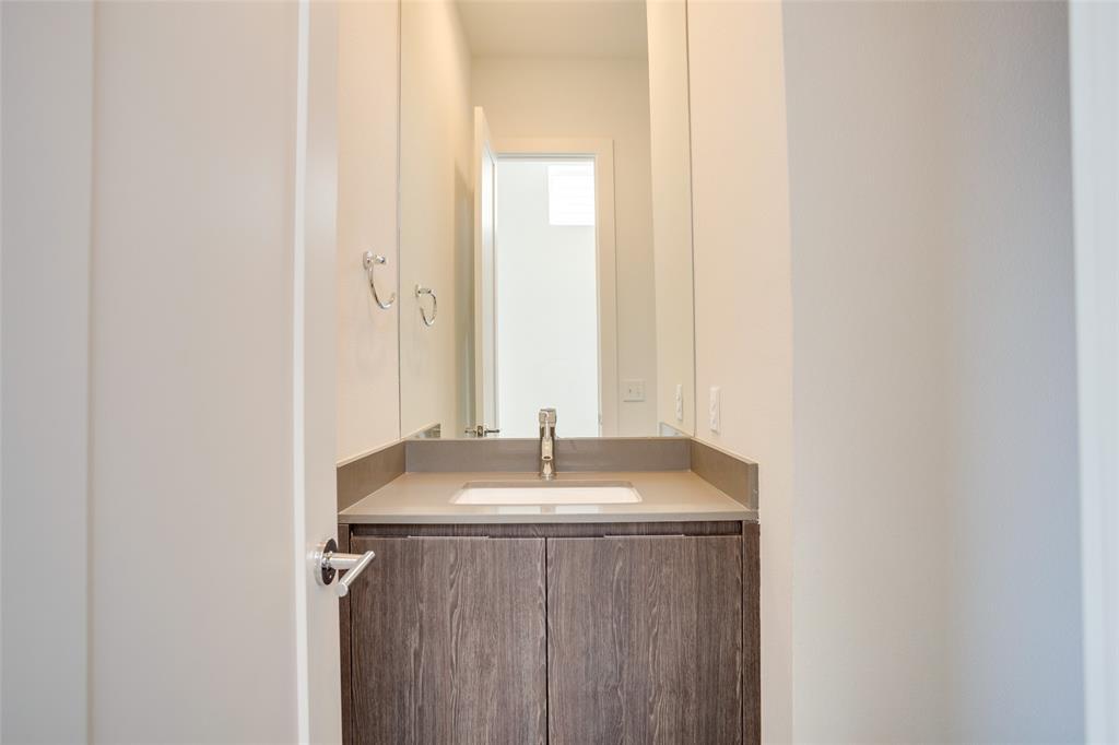 1205 Hyde  Court, Dallas, Texas 75215 - acquisto real estate best realtor dallas texas linda miller agent for cultural buyers
