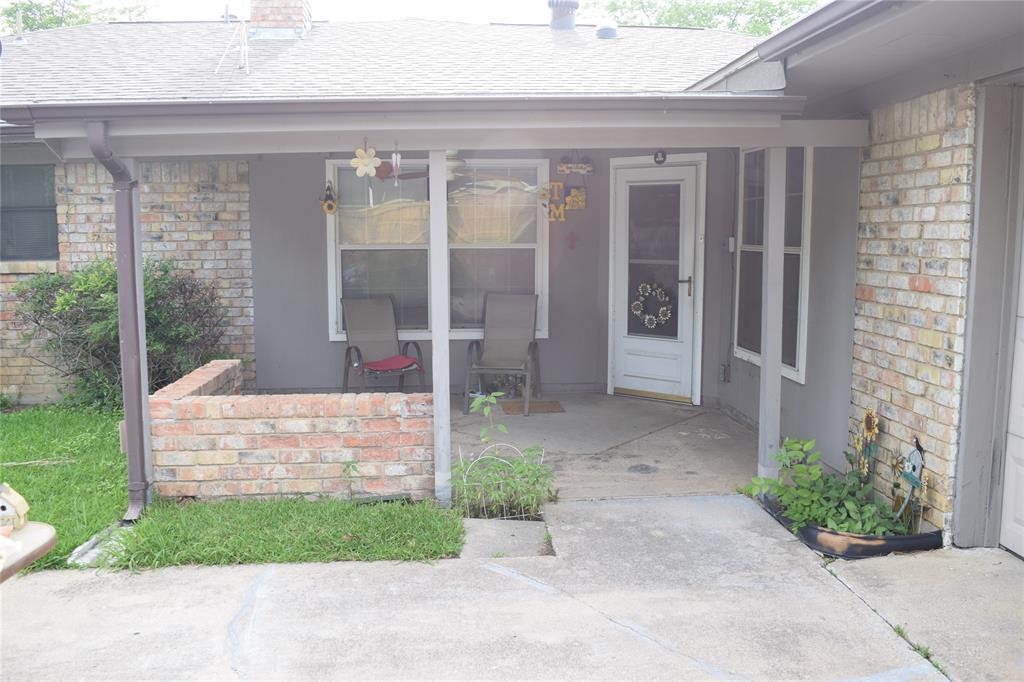 5917 Sycamore Creek  Road, Edgecliff Village, Texas 76134 - acquisto real estate best the colony realtor linda miller the bridges real estate